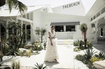挙式シーンはビーチ・ガーデン・室内の3種類から選択可能/