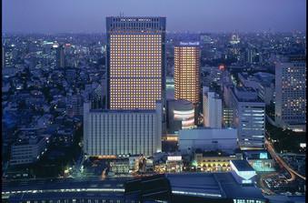羽田空港へのアクセスも抜群!新幹線も停車するターミナル駅で遠方からのゲストも安心