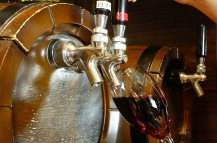 樽生ワインの芳醇な香りと深い味わいを、ぜひお楽しみください