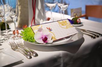 クラシックな雰囲気のレストランにふさわしい和のテイストを生かしたアレンジ