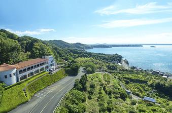 浜名湖を見渡す森の中の一軒家は極上のウェディングスペース