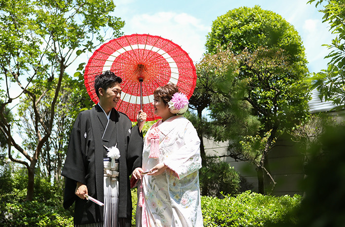 和装・洋装どちらでも映える日本庭園で素敵なお写真を!
