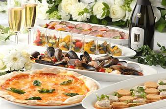 お料理は30名様から、ビュッフェ・コースをお選びいただけます
