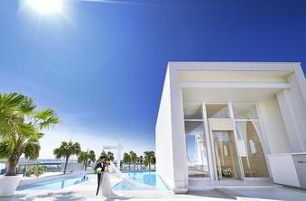 【アクアステージ】海と空と光に囲まれたセレモニースペース
