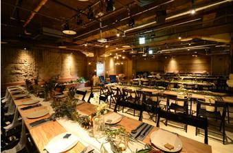 着席で120人以上のパーティが可能。名古屋のなかでも大きな会場のひとつです