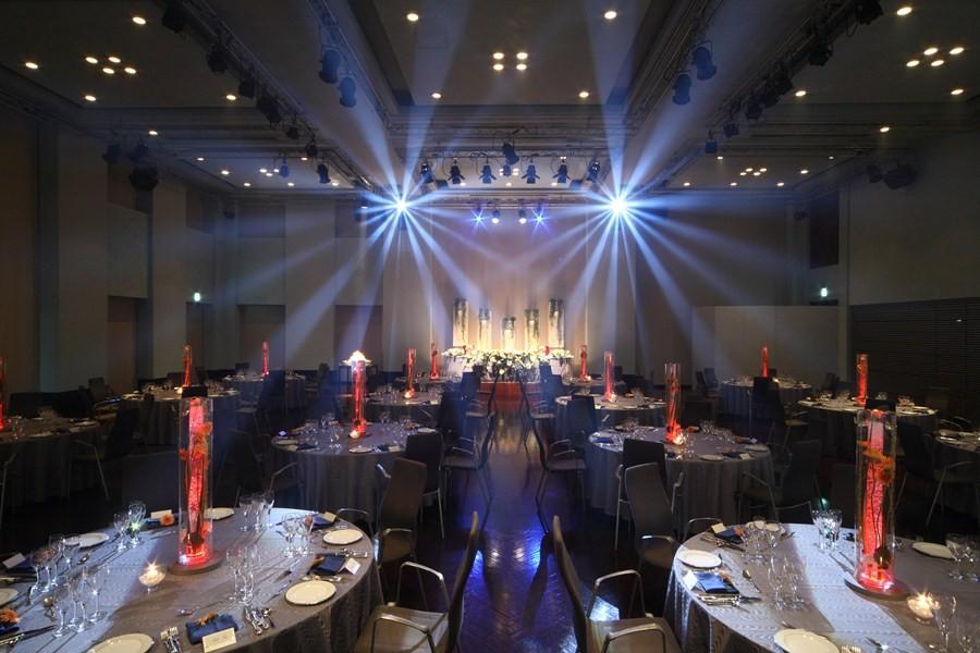 光×音の迫力ある演出で、ライブ感あふれるパーティが叶う