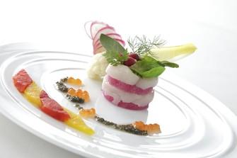 料理は新鮮な食材を用いたシェフ自慢の絶品イタリアン。ゲストにも大変ご好評です。
