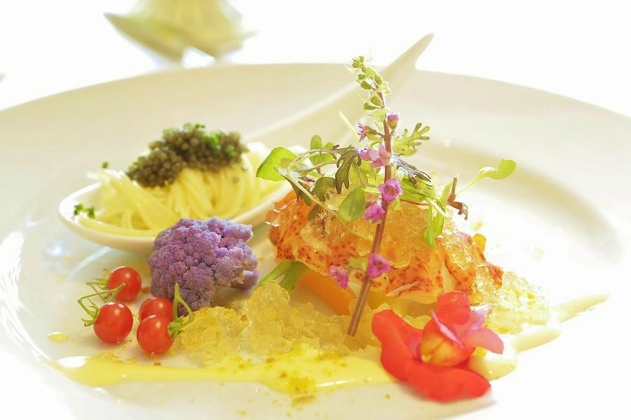 フレンチ出身のシェフがビュッフェ~フルコースまで1.5次会専用の料理をご提供。