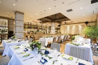 新しく生まれ変わる別館1階のレストランは、木の温もりあふれるナチュラルな空間