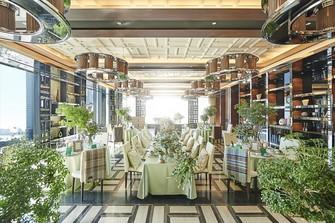 最上階の3フロア完全貸切という贅沢&オリジナルウエディングを