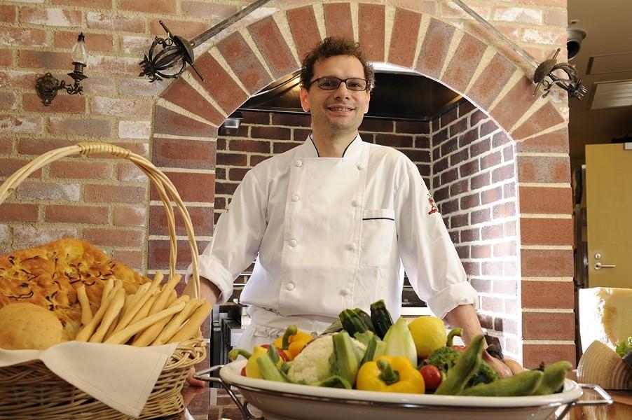 イタリア人シェフ・パオロ・マッツィーニ氏の料理も絶品。