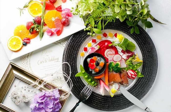 口コミでも好評の料理はアンジェパティオの魅力の1つ。ワンランク上のおもてなしを。