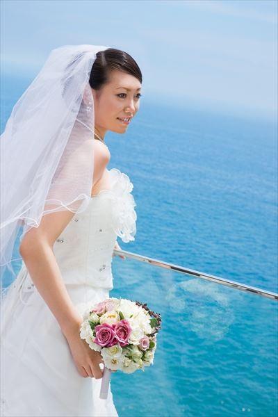 駿河湾を一望する「シーサイドテラス」