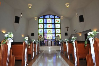 静岡東部随一の規模を誇る「御殿場高原教会 桜の礼拝堂」