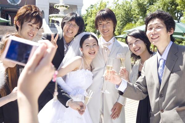結婚式の服装選びのポイント