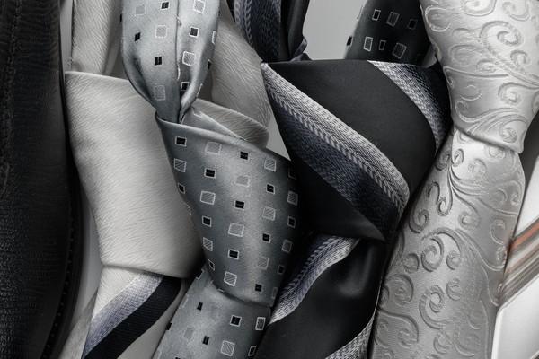 結婚式の立場別ネクタイの選び方
