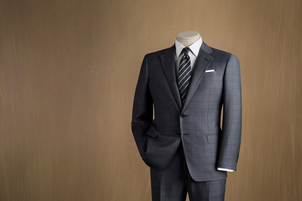 スーツ選びの注意点