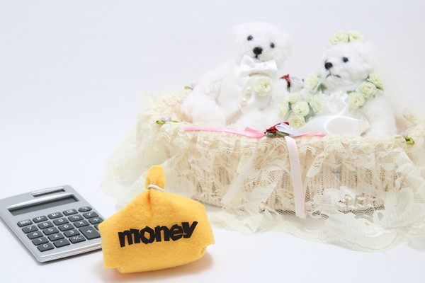 結婚までに貯金をするべき