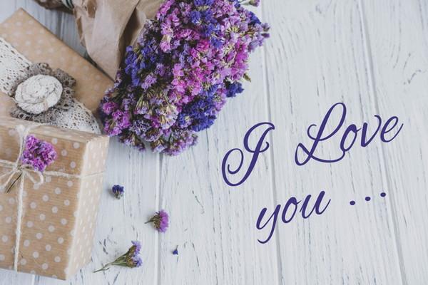 英語 記念 日 付き合った記念日を英語で!交際記念日や出会った日を英語でお祝い!