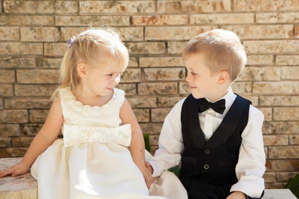 いとこ 同士 の 結婚 いとこ婚 - いとこと結婚した著名人 - Weblio辞書