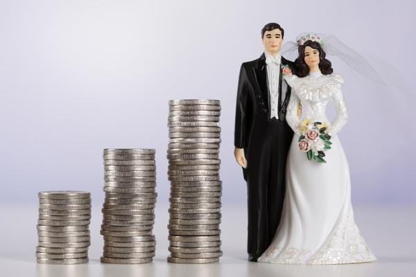 結婚に貯金は必要